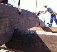 構造である木組みを意匠と取り入れる事ができます。